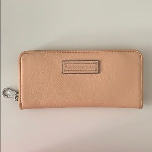 NWOT{Marc by Marc Jacobs} too hot to handle wallet